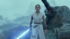 """Nie ma co tak patrzeć, to naprawdę kolejka po bilety na """"Gwiezdne wojny"""""""